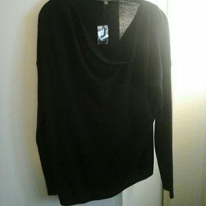 Saks Fifth Avenue nwt black cashmere sweater